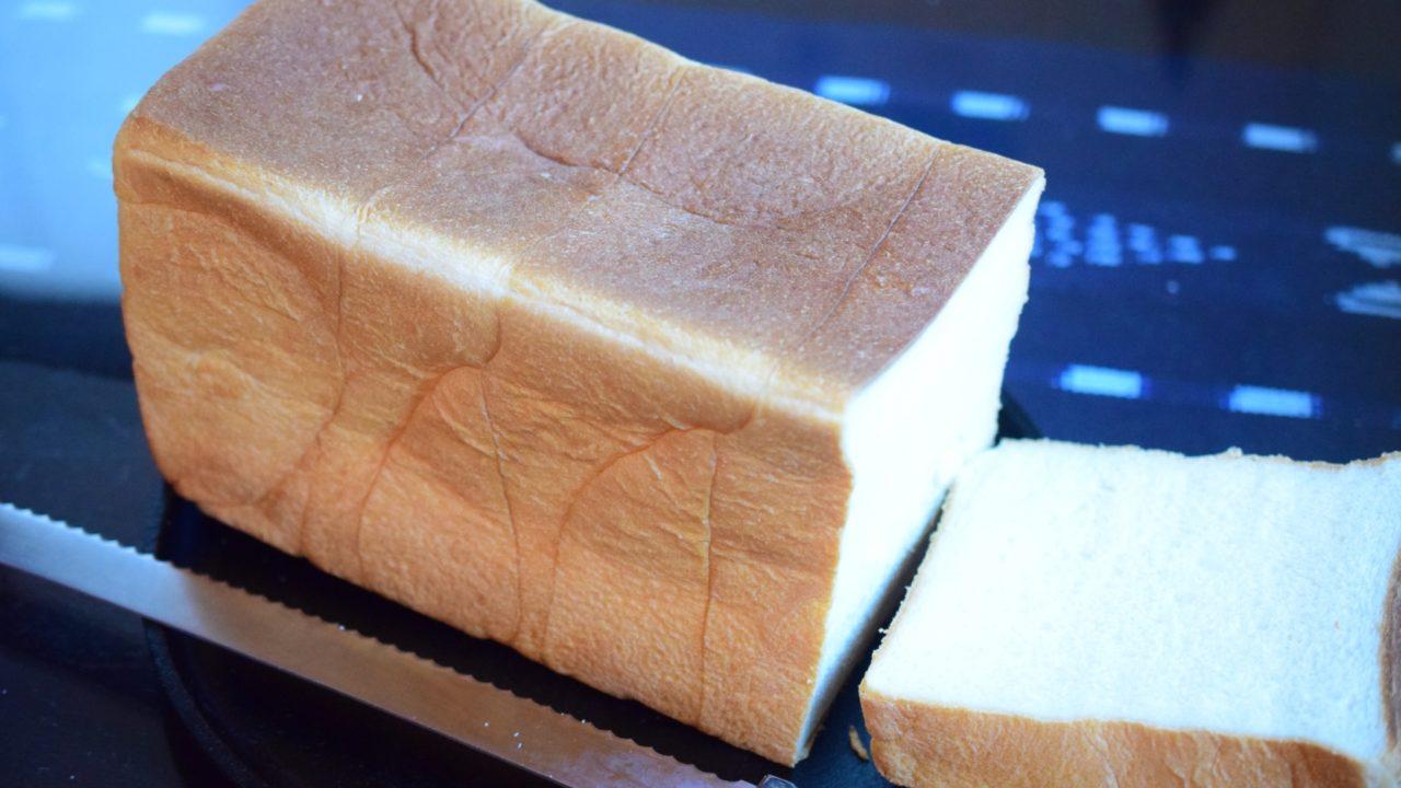 山型食パン画像